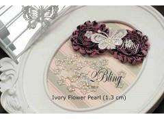 Ivory Flower Pearl - 1.3cm (Pack of 25)