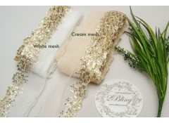Sequin Lace, Gold, Flower Edge Trim, CREAM MESH - 1m length