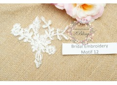 Bridal Lace Embroidery Motif 12, Off-white 9x9 cm