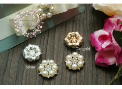 Bling Pearl Cluster, PC4, flat back, Pack of 5 (2.8 cm)