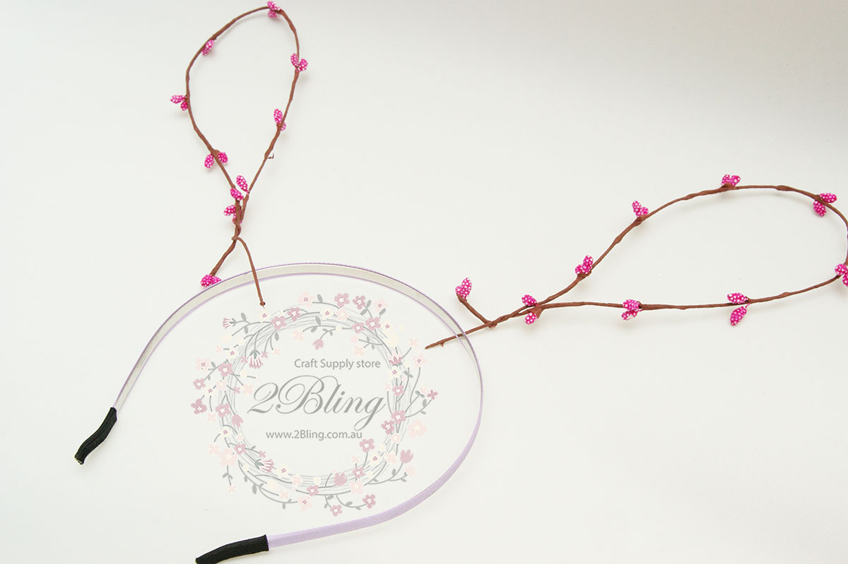 Bunny ear tutorial flower crown twisted floral wire individually the size of bunny ear loop can be adjusted according to your preference izmirmasajfo